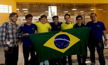 Brasileiros ganham medalhas em Olimpíada Internacional de Matemática