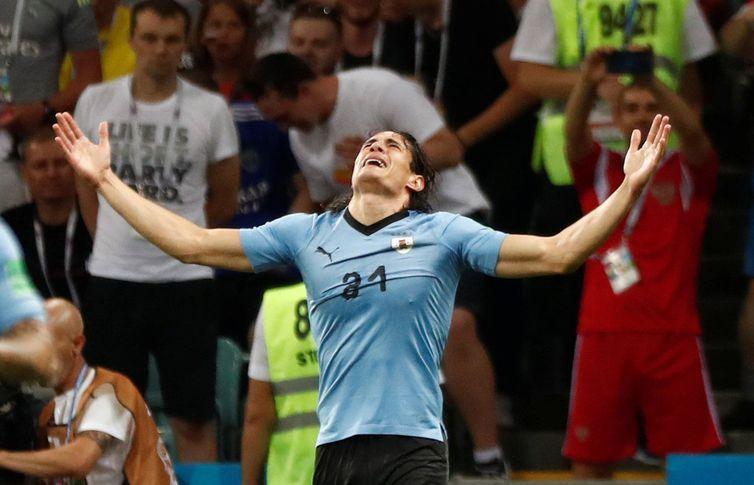 Soccer Football - World Cup - Round of 16 - Uruguay vs Portugal - Fisht Stadium, Sochi, Russia - June 30, 2018 Uruguay's Edinson Cavani celebrates scoring their first goal REUTERS/Murad Sezer