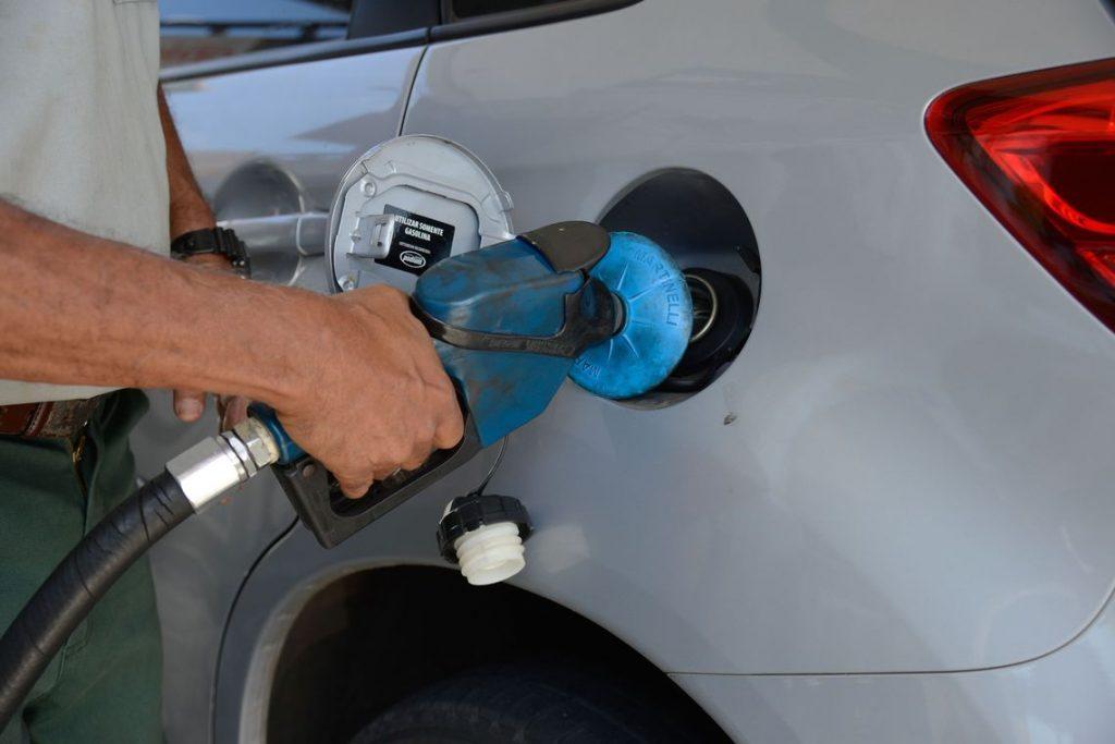 Petrobras aumenta preço da gasolina e do diesel