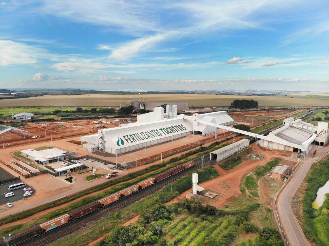 Fertilizantes Tocantins inaugura em Araguari (MG) a fábrica de fertilizantes mais moderna do país e consolida sua força na região Sudeste do Brasil
