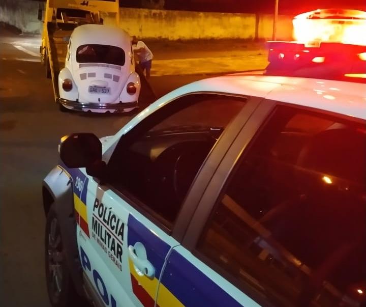 Dois veículos furtados são recuperados pela PM de Monte Carmelo