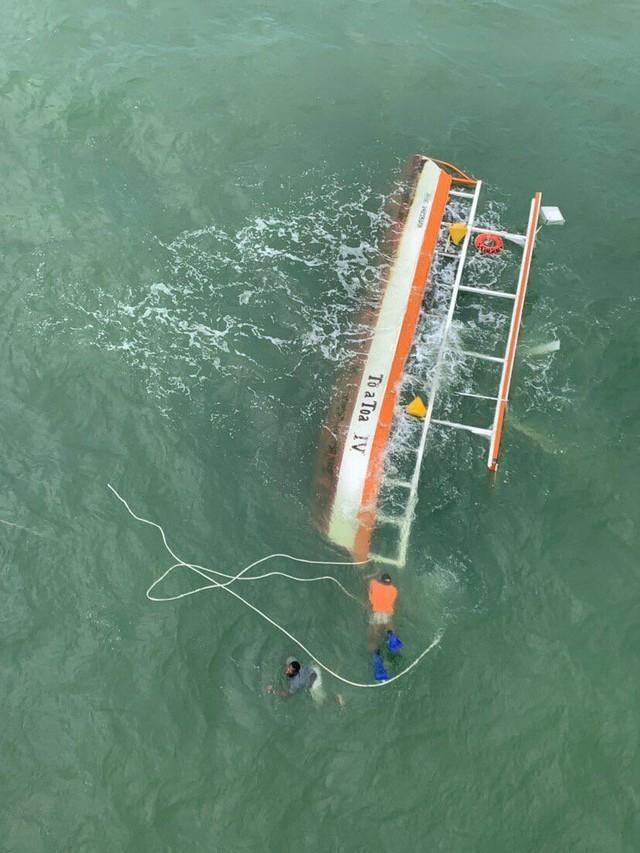 Acidente com embarcação mata duas pessoas