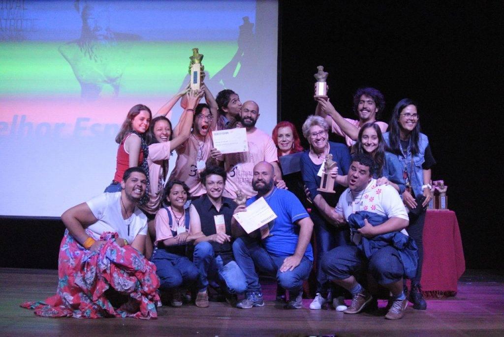 Grupo TUPAM vence quatro prêmios no Festival Nacional de Teatro de Passos