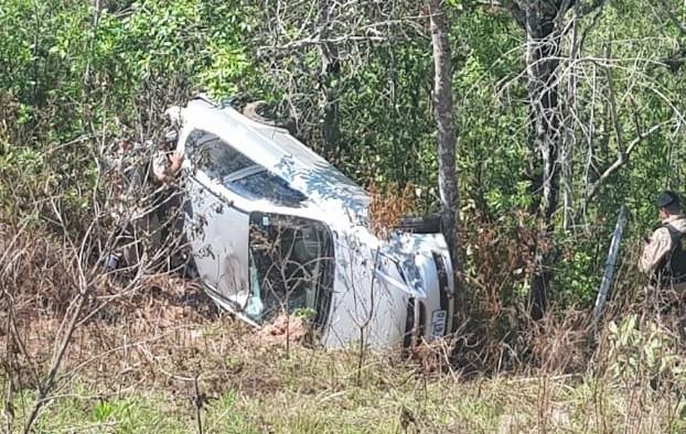 Acidente deixa dois feridos na MG-190 em Monte Carmelo (2)