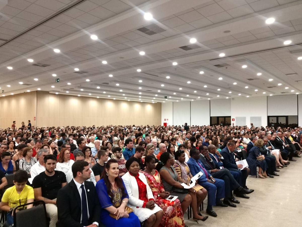Embaixadores assinam protocolo e prestigiam orquestra em Patos de Minas