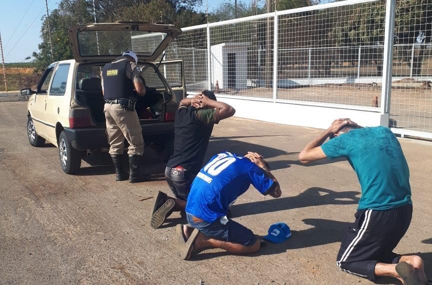 Trio é preso com drogas na BR-354 em Carmo do Paranaíba