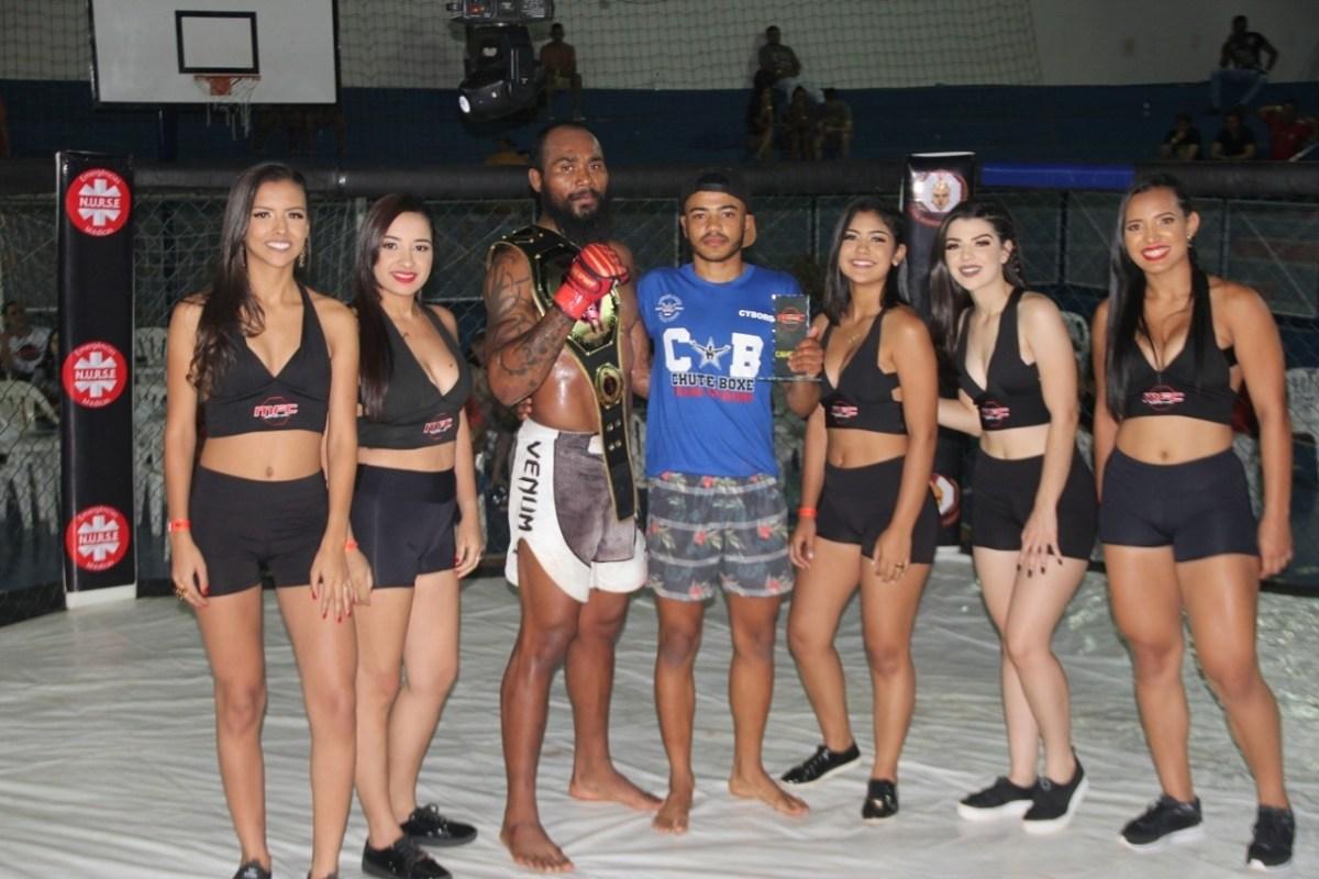 Lutadores de Rio Paranaíba vencem disputa em Paracatu