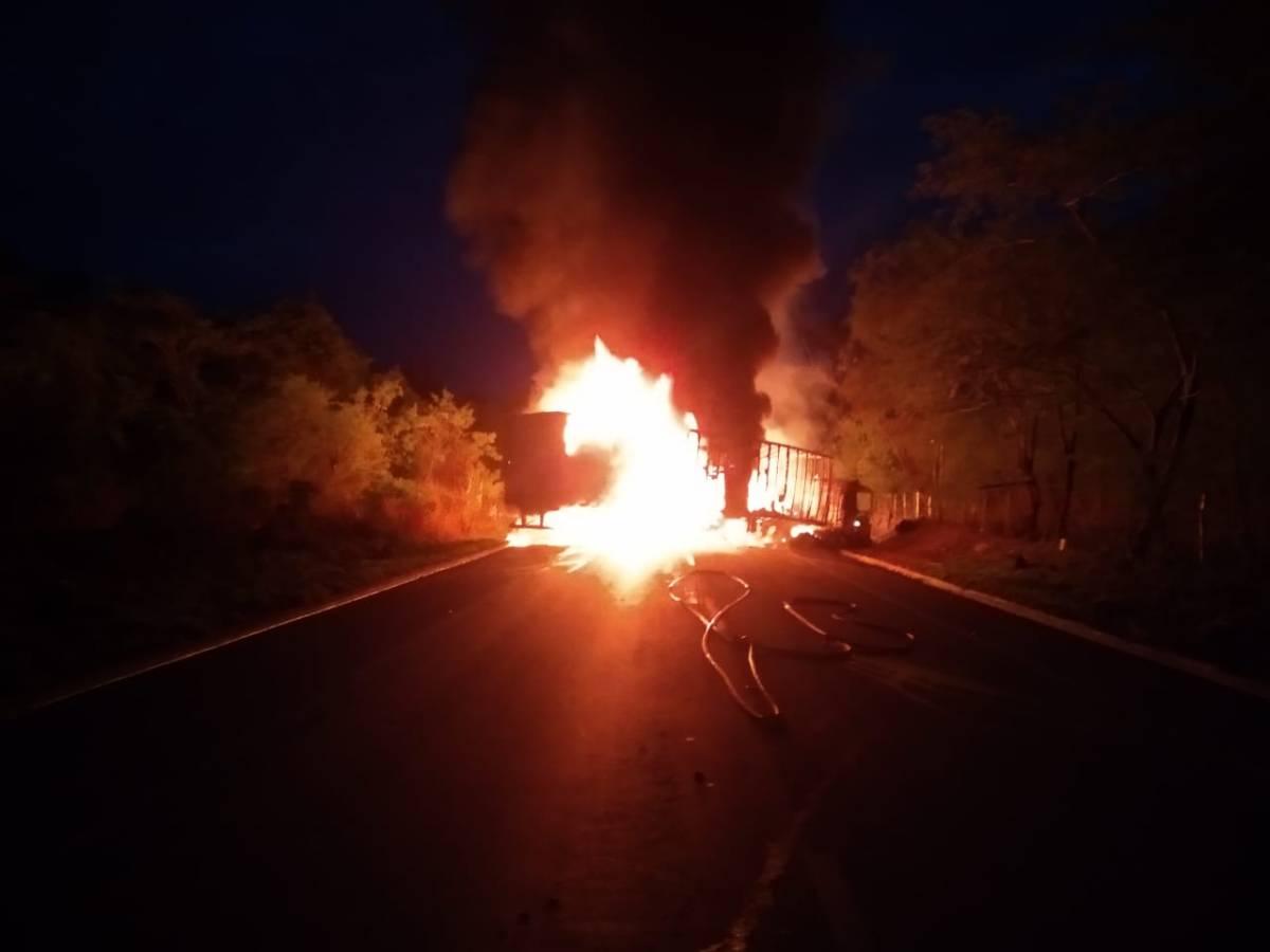 acidente BR 251 Salinas