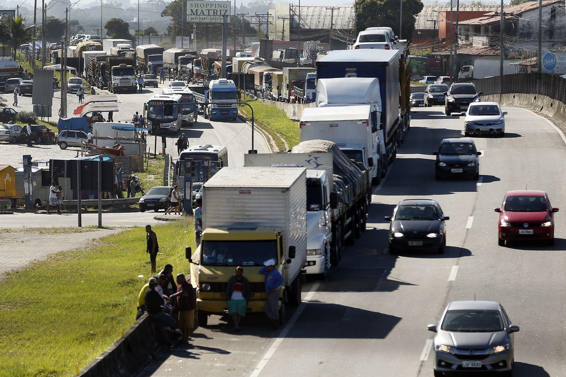 caminhoneiros greve