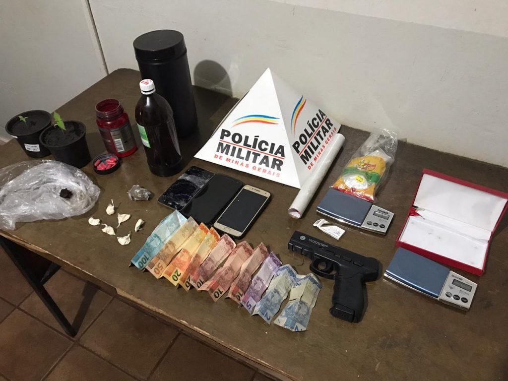Jovem destrói celular e é preso junto com colegas em Patrocínio