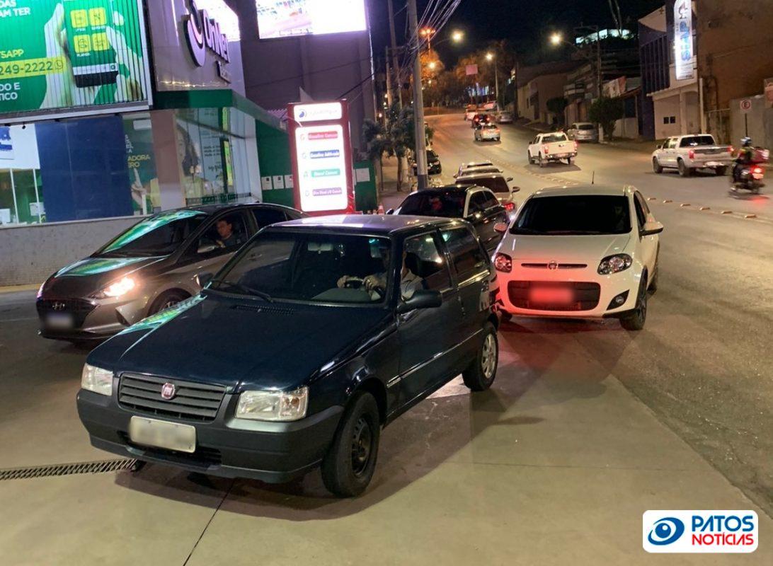 corrida aos postos de combustíveis em Patos de Minas (2)