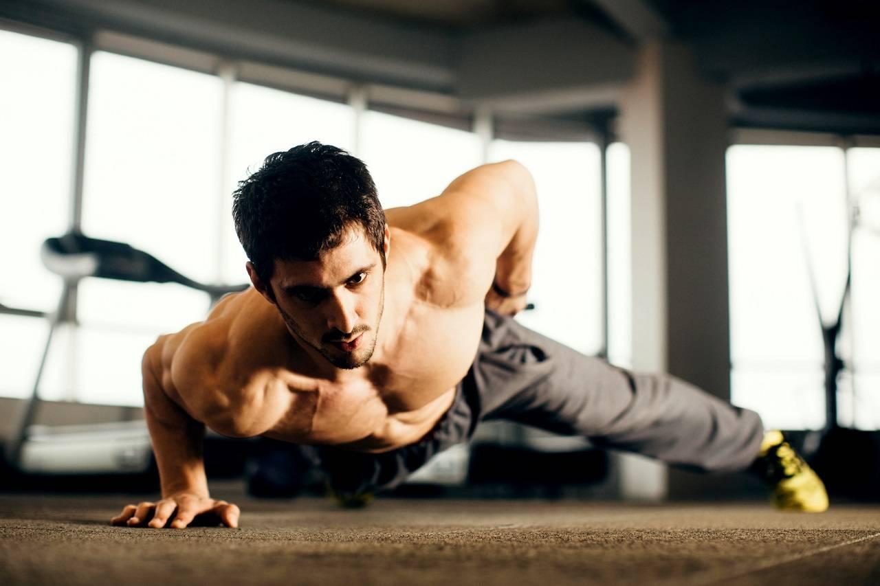 Erfolgreich Muskeln aufbauen & Fit werden: Beachtest du diese 4 Grundprinzipien?