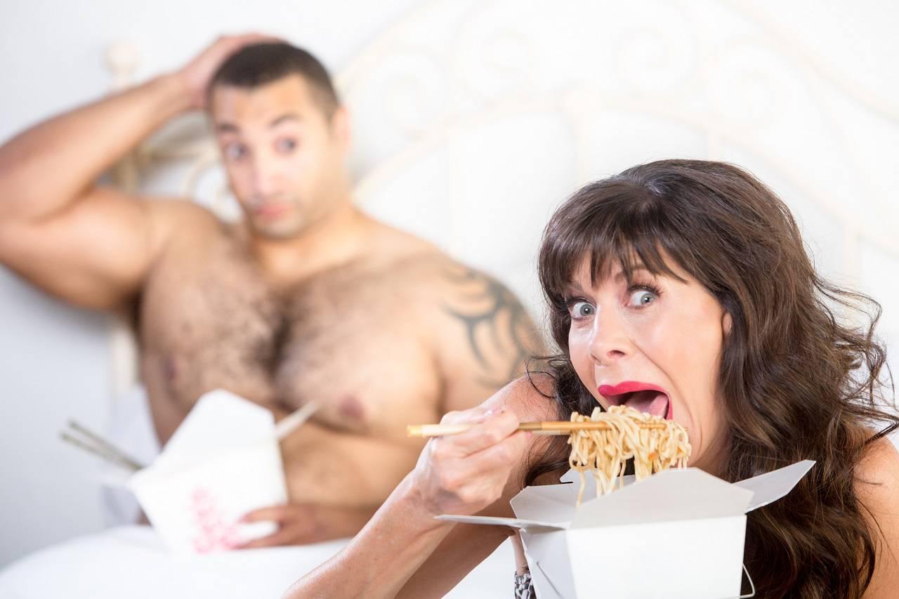 Weniger Hunger durch Krafttraining: Einfluss der Trainingsintensität auf Appetit