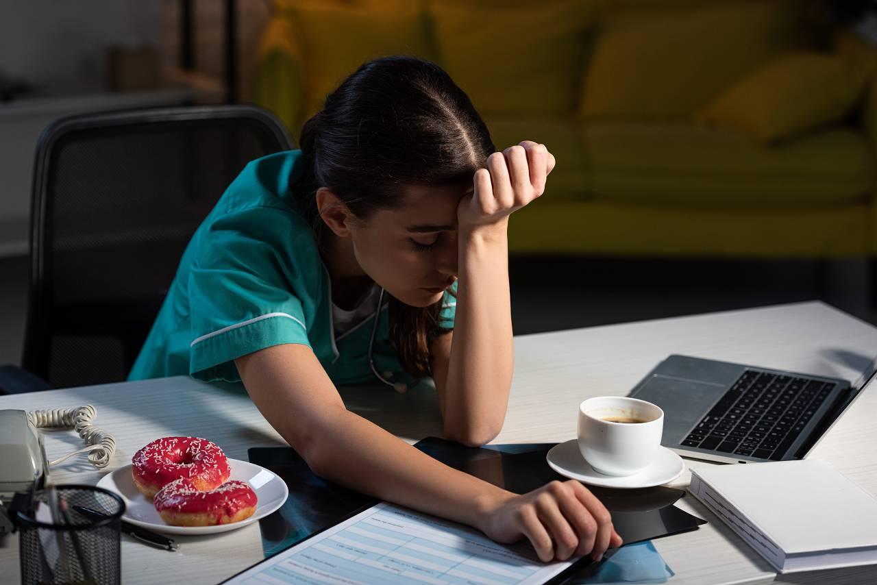 Die Folgen der Schichtarbeit II: Metabolisches Syndrom, Diabetes, Bluthochdruck & Herz-Kreislauf-Gesundheit
