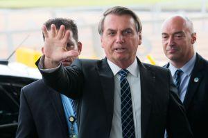 Desvalorização da moeda se deve a fatores externos, diz Bolsonaro