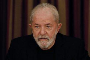Lula é denunciado novamente por lavagem de R$ 4 milhões.