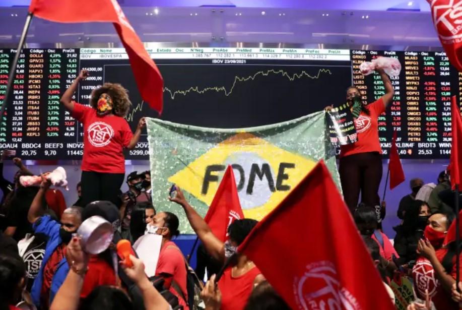 MTST invade Bolsa de Valores de SP