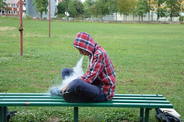 Why Middle School Teens now think VAPING is cool