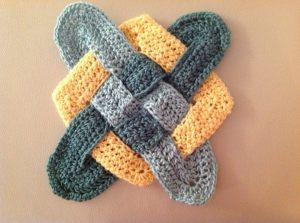 "I crocheted this ""fisherman's knot"" with bamboo fibers."