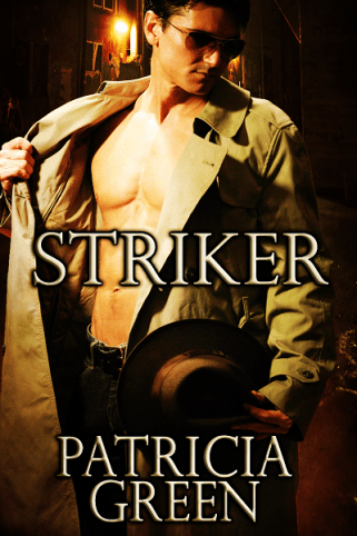Cover: Striker