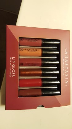 abh-set-in-box