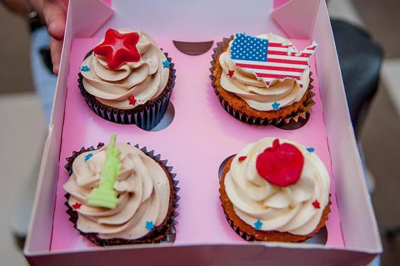 fourth of july cupcakes cupcake lovers in paris american style cupcakes in france 4th of july