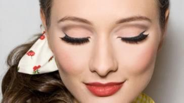 Maquiagem pin up moda