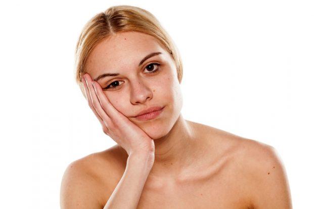 iStock 477925554 621x414 - Você usa algum creme para bolsa nos olhos?