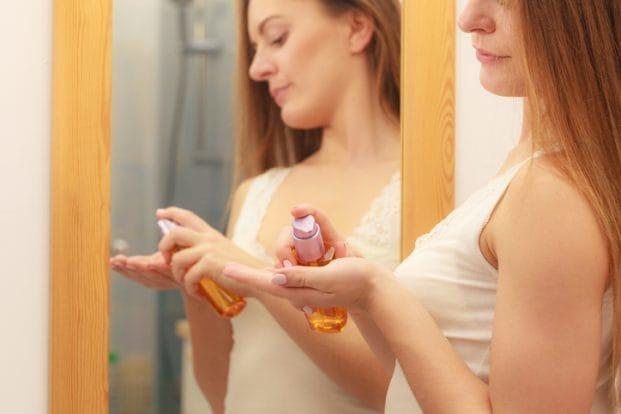 iStock 637550938 621x414 - Creme de Cabelo - Qual a quantidade Certa pra usar?