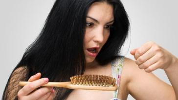 queda cabelo - Dê olho na queda de cabelo: mitos e verdades