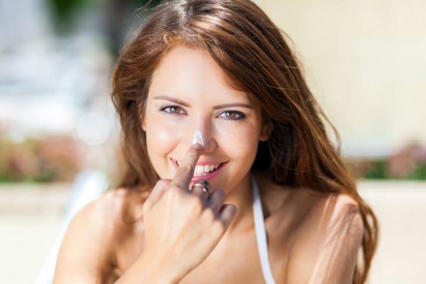iStock 72657527 SMALL 621x414 - Como cuidar da pele nos dias quentes?