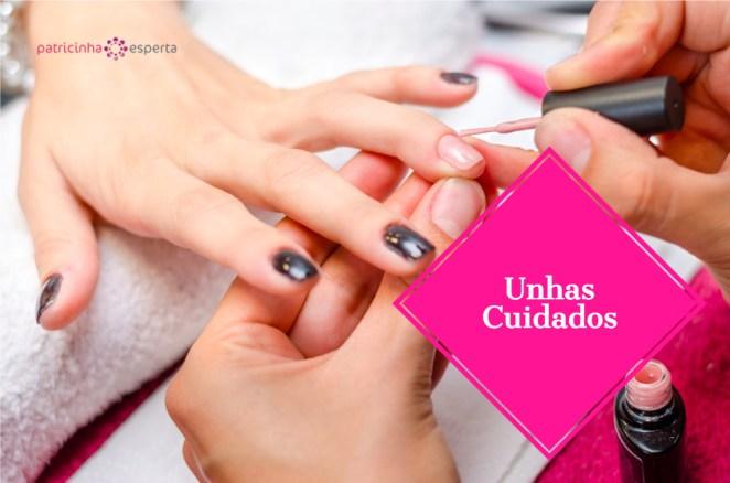 woman applying pink nail polish picture id629589678 - Unhas: Como Cuidar?