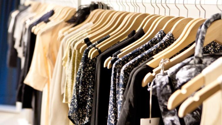 iStock 000026275936 Small - Roupas Que Emagrecem: Melhores Looks, Dicas e Muito Mais