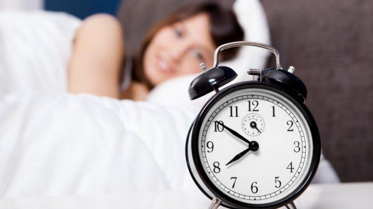 iStock 000016886192 Small - Dez minutinhos mais cedo - Pra acordar bem!
