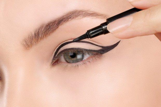 iStock 000060810142 Small - Tendências de Maquiagens para o Verão 2016