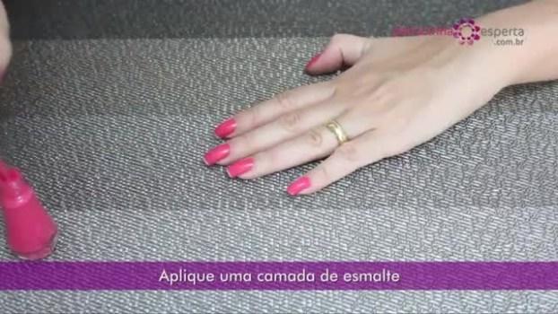 esmalte2 - Como Deixar o Esmalte Fosco - Vídeo Tutorial