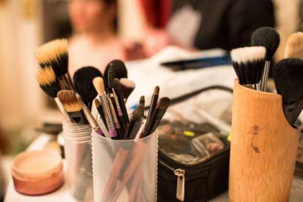 iStock 60409254 SMALL 680x453 - Contorno na maquiagem – Ta na moda