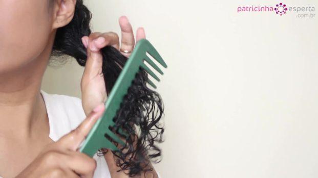 pentear cabelo cacheado