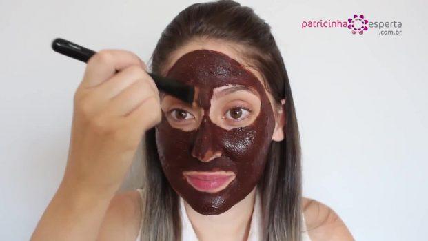 IMG 00021 621x349 - Máscara Caseira Facial de chocolate