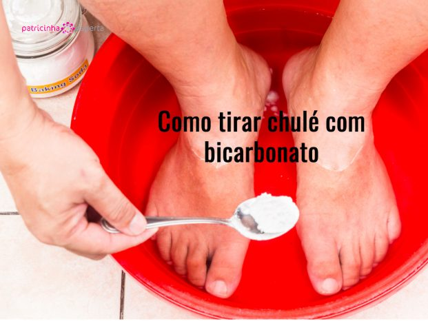 baking soda being used as feet bath at home picture id486372130 621x466 - Como Tirar Chulé Dos Sapatos
