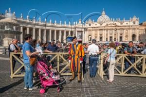 Rome - Cité du Vatican - place Saint Pierre
