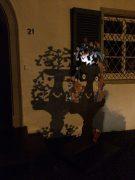 Der Liebesbrunnen bei Nacht
