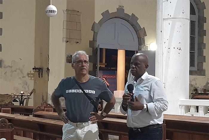 Projection dans la cathédrale avec M. Christian RAPHA, Maire de la ville