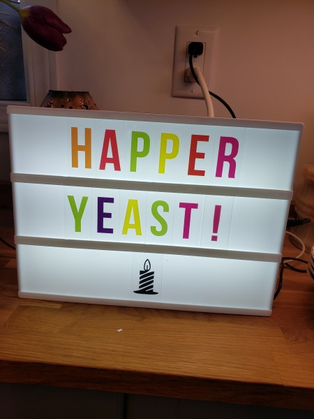 Sign reading HAPPER YEAST