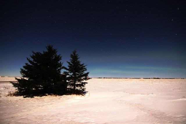 Faint aurora to the north