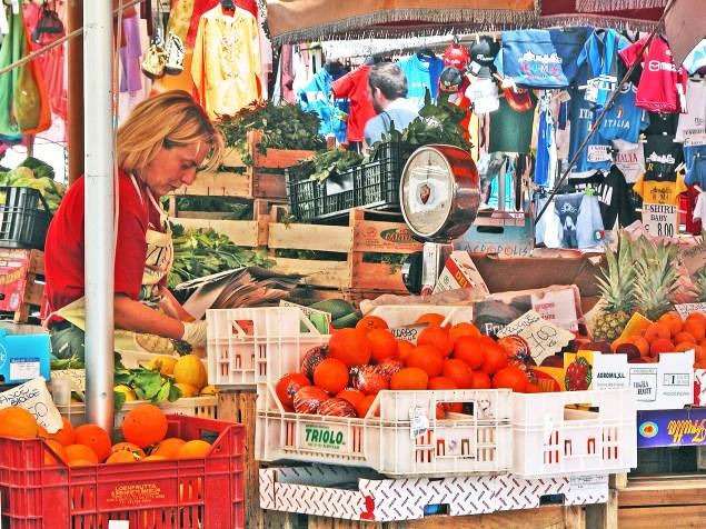 Fruit seller at the Campo Dei Fiore.