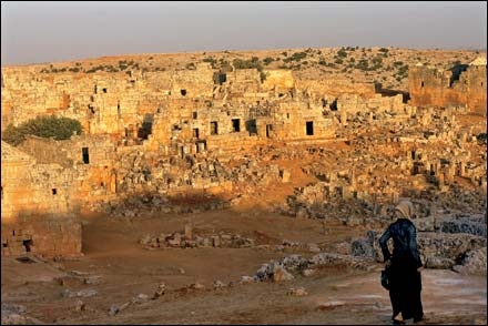 """""""LIKE THE PAST, THE FUTURE IS NOW"""": The ruins of the Dead Cities, outside Aleppo Photo:Seamus Murphy"""