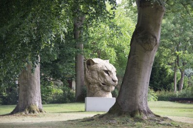Monumental Panther Head 255x265cm 1/3 ©2016