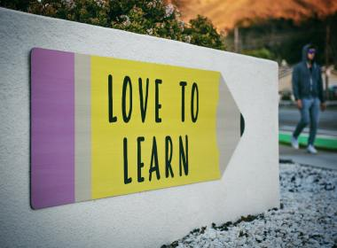 Online learning, Boon or Bane?