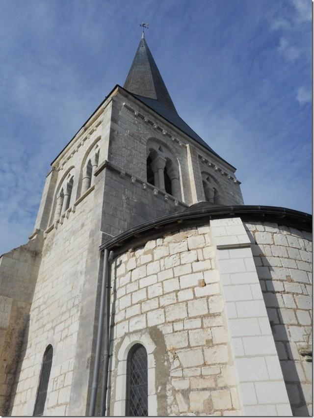L'église Saint-Saturnin de Pouillé (Loir-et-Cher)